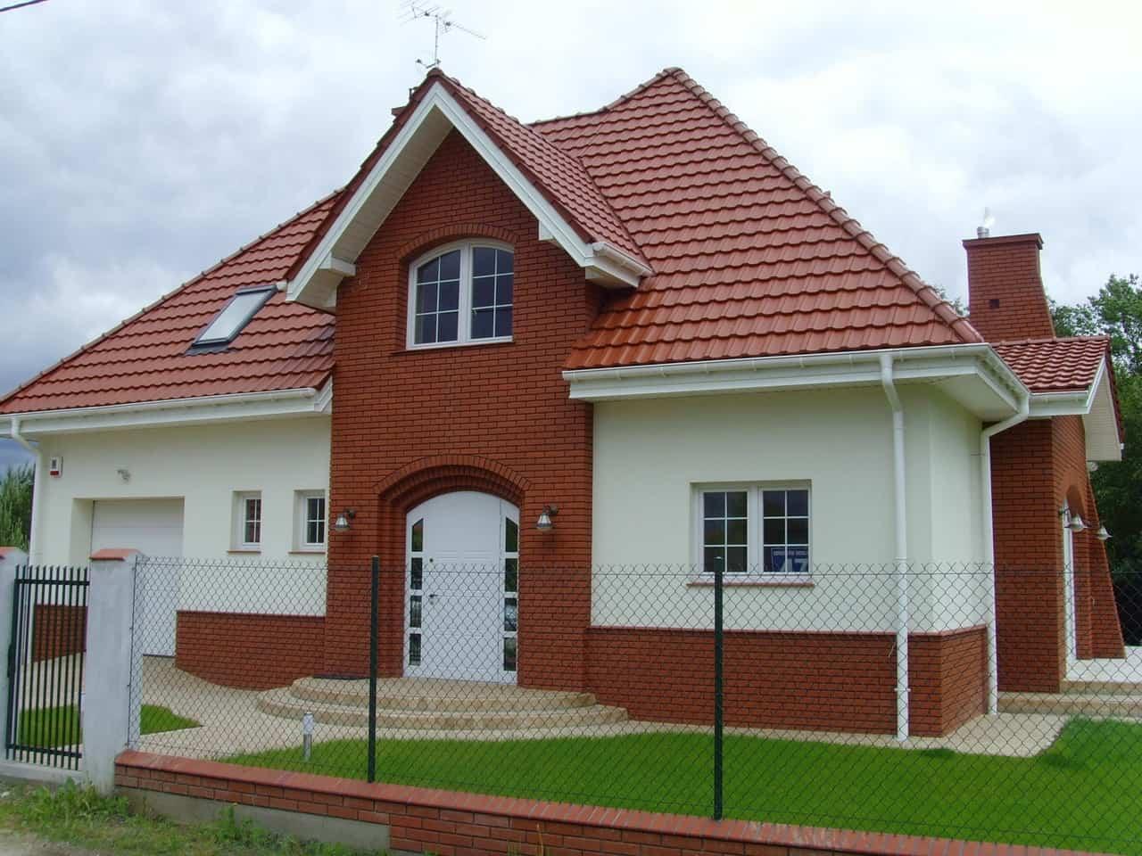 budowa domów chotomów